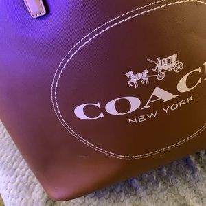 Coach Bags - Coach Brown Large Leater Metro. Pre-owned.
